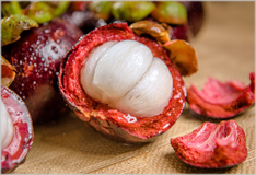 The mangosteen – delicious and versatile