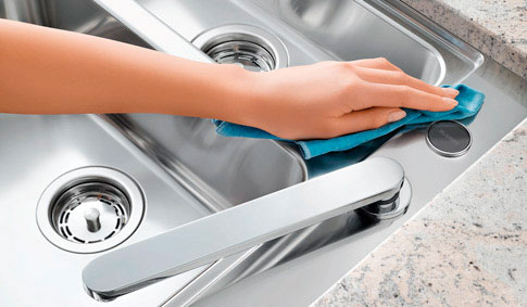 Cleaning Stainless Steel Sink : Easy-care sinks made of stainless steel, Silgranit and ceramic